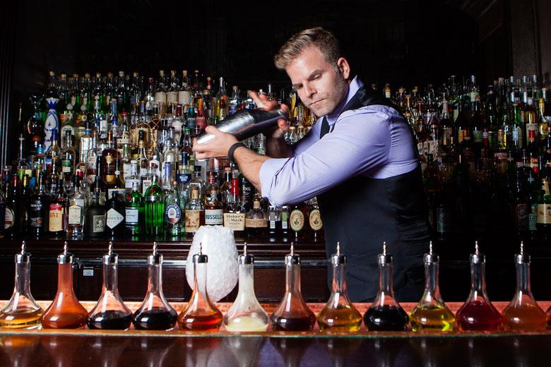 Regal Shake Cocktail Technique